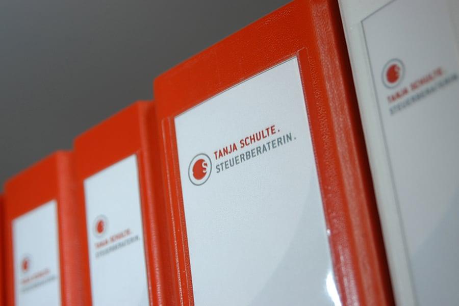 Finanzbuchhaltung (Analog meets digital) termingerechte Baulöhne / Lohnbuchführung, Bilanz by Steuerberatung Schulte, Steuerberater in Essen