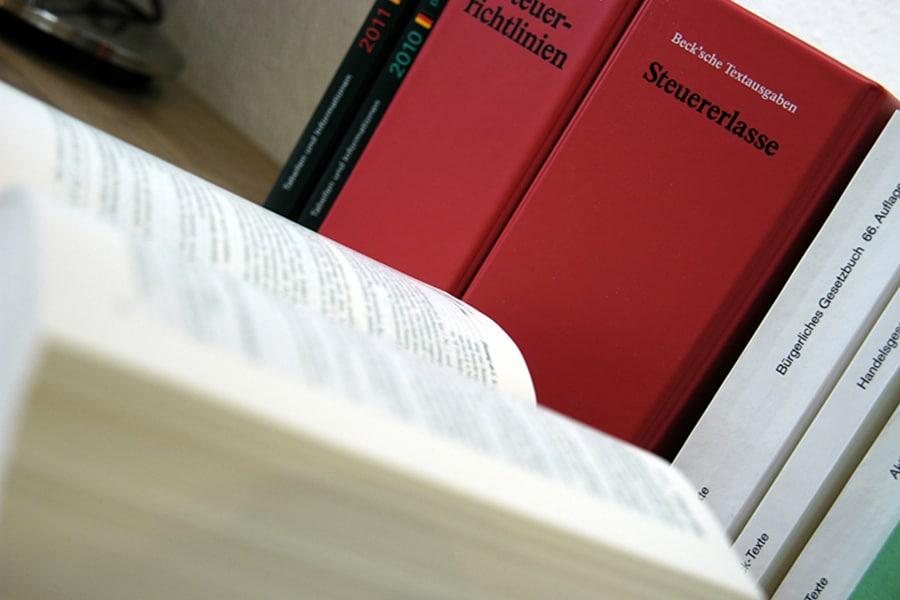 Lohnbuchhaltung by Steuerberatung Schulte, Steuerberater in Essen